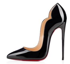 christian louboutin 'hot chic' pumps - absolute stunners. #shoeporn