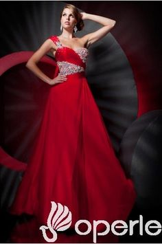 Robe de bal de promo : Elégante robe de bal Princesse charmante à seule épaule Longueur ras du sol http://www.operle.fr/elegante-robe-de-bal-princesse-charmante-a-seule-epaule-longueur-ras-du-sol | jackbower0429