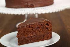 Genoise de chocolate, un clásico para cualquier momento del día: http://elgour.me/1Lwcq6M  #elgourmet #TuCanalDeCocina #Dulces