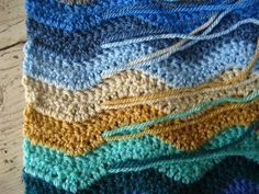 Crochet Ripple Blanket (Very Good tutorial, every stitch explained!) - Changing color and details