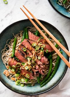 A fabulous fusion Japanese dish - an amazing subtle dressing that matches perfectly with juicy slices of beef and the noodles. Served at room temperature, this is a fantastic dish for summer! {15 minute meal}