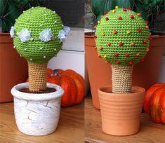 "Little Tree - Free Amigurumi Pattern - PDF File German and English - Click ""download crochet pattern little tree"" here: http://speckerna.blogspot.de/2014/07/ein-flexibles-kleines-baumchen.html"