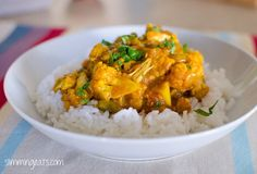 Slimming Eats Chicken and Cauliflower Curry - gluten free, dairy free, paleo, Slimming World (SP) an Weight Watchers friendly Slimming World Dinners, Slimming World Diet, Slimming Eats, Slimming World Recipes, Slimming Workd, Healthy Slow Cooker, Slow Cooker Recipes, Cooking Recipes, Quark Recipes