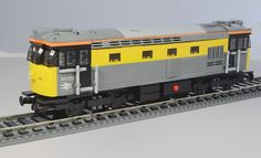 "Lego BR Class 33 Locomotive ""Dutch"" Livery | Flickr - Photo Sharing!"