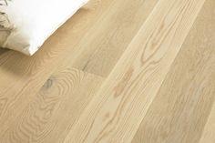 Parkett Tango Eik Rustikk Hvit Børstet fra Tarkett Hardwood Floors, Flooring, Bed Pillows, Tango, Wood Floor Tiles, Pillows, Hardwood Floor, Wood Flooring, Floor