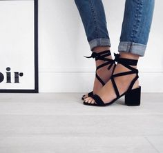 Casual Summer Shoes - Must Have Footwear Collection. Shoe Boots, Shoes Heels, Pumps, Flats, Jeans Shoes, Me Too Shoes, Dream Shoes, Mode Shoes, Girls Shoes