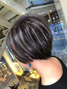 ハイライト ショート ナチュラル バレイヤージュ|Hair salon mode 筒井 隆由 477084【HAIR】 Hair, Beauty, Whoville Hair