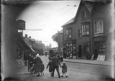 a Dublin street in the 1920s