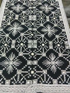 Comforter Sets, Projects To Try, Quilts, Handmade, Home Decor, Black, Dark Backgrounds, Crossstitch, Hardanger
