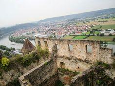 Burg Hornberg, Goetz's castle overlooing the Neckar River. Imperial Knight, Paris Skyline, Grand Canyon, Castle, Germany, Travel, Life, Viajes, Deutsch