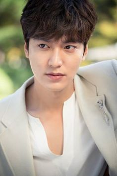 https://www.facebook.com/ro.minoz/photos/a.330005460384392.90193.270300149688257/1340335072684754/?type=3