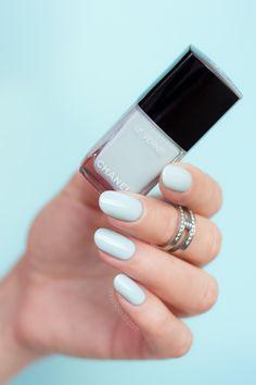 Pastel Blue nails - Chanel Bleu Pastel || Spring nail colour