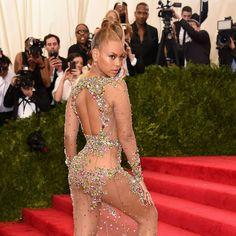 Beyoncé: Diets are a struggle
