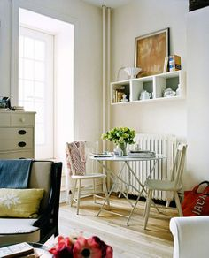Design Darling: HOW TO DECORATE A SMALL SPACE