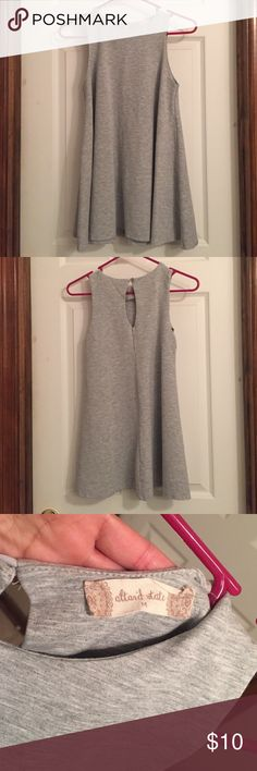 Grey Atard State tunic M Grey Altard State tunic open key hole in the back Med worn once Altar'd State Tops Tunics
