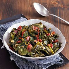 Get your greens and try the Best Balsamic Collard Greens for a #delicious #slowcooker side!