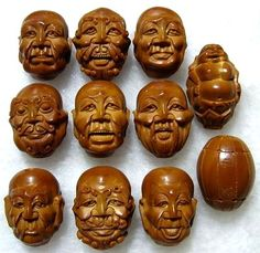 The food art of Chinese fruit pit carving Avocado Art, Avocado Seed, Chinese Fruit, Peach Pit, Art Chinois, Food Carving, Art Carved, Asian Art, Food Art