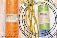 Deco Mesh Wreath Tutorial @Dianna Hansen I see what you meant about the wire wreath now, that probably is the best choice.
