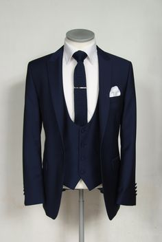Slim fit royal blue wedding lounge suit hire.