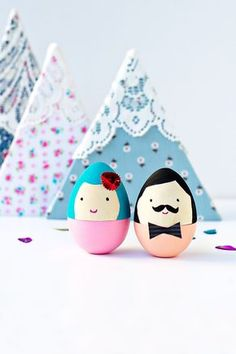 DIY Mr. and Mrs. Egg (via Say Yes)
