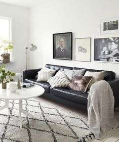 Living Room Neutral Tints Via Cocolapinedesign Com Black Couch Living Room Leather Sofa Living Room Black Sofa Living Room Decor