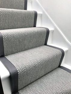 Good Pics grey Carpet Stairs Concepts One of many fastest approaches to revamp your tired old staircase would be to cover it with carpet. Grey Stair Carpet, Carpet Diy, Carpet Staircase, Staircase Runner, Carpet Decor, Hall Carpet, Beige Carpet, Cheap Carpet, Plush Carpet