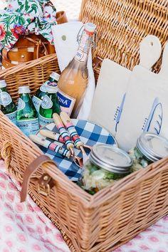 How to pack for a picnic, waitingonmartha.com