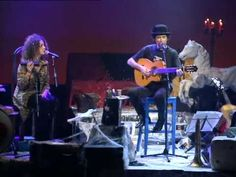 Joaquin Sabina -Nos Sobran Los Motivos (Teatro Coliseum) - YouTube
