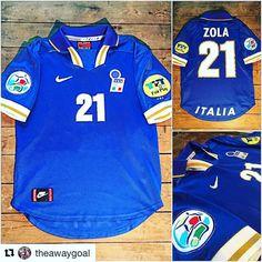 #Repost Happy birthday Gianfranco Zola via @theawaygoal - The Azzurri home shirt from Euro '96 #Azzurri #Italia #zola #euro96 #euro2016 #footballshirt #footballshirtcollective #cfc #chelsea