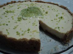 Torta de limão com massa de bolacha