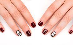 beautiful halloween manicure