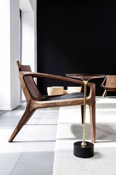 Wooden chair by Jader Almeida. Sculptural seems like the chair itself is lounging. Contemporary Armchair, Contemporary Furniture, Contemporary Stairs, Contemporary Cottage, Contemporary Apartment, Contemporary Office, Contemporary Architecture, Contemporary Style, Modern Wooden Furniture