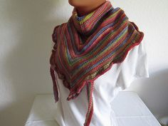 Dreieckstuch gestrickt mit Rüschen kante - Handgemachte Sachen Kante, Crochet, Handmade, Fashion, Purple Streaks, Moda, Hand Made, Fashion Styles, Ganchillo