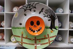 incredible halloween chip-n-dip #pyop #ceramics