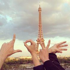 Cute pic from a #Contiki in Paris. @Contiki