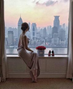Tumblr Shanghai Hotels, Luxury Lifestyle Women, Canvas Painting Landscape, Pink One Piece, Luxe Life, Five Star Hotel, Women Life, Leather And Lace, Asian Woman