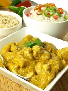 A rich, creamy, gluten free chicken korma recipe that you can adjust the heat with the list included of the hotter spices. Chicken Korma Recipe, Chicken Recipes, Indian Food Recipes, Ethnic Recipes, Cooking Chef, Caribbean Recipes, Gluten Free Chicken, Marinated Chicken, Tasty Dishes