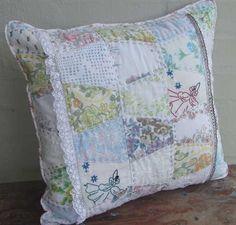 Vintage tumbler cushion cover.