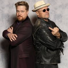 Had my picture taken with one of the coolest guys ever, Michael Rooker. Loved this guy since Henry Portrait of a Serial Killer.   #michaelrooker #dragoncon #dragoncon2017 #yondu #henryportraitofaserialkiller #guardiansofthegalaxy #gotg #thewalkingdead