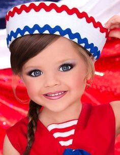 T&T glitz pics - toddlers-and-tiaras Photo Glitz Pageant, Pageant Makeup, Pageant Girls, Beauty Pageant, Pagent Hair, Pagent Dresses, Toddlers And Tiaras, Young Models, Perfect Skin