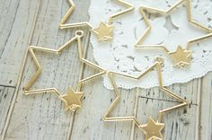 4 pcs Open Back Bezel Charm for Resin / Star with Little Star Frame (43mm) AZ342 by Candydecoholic on Etsy