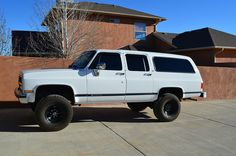 1978 Suburban Lifted | Thread: Help w/'90 Suburban lift kit and tire selection