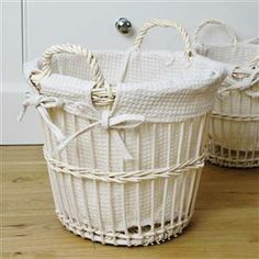 Cream basket/bin - medium