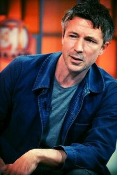 Aidan Gillen: you think I'm sexy? That's weird!   <3 <3 <3