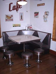 We have a brown diner booth in our kitchen (not so 50's) and we love it! Funny how things come back...