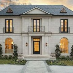 70 Most Popular Dream House Exterior Design Ideas - Ideaboz Classic Architecture, Architecture Design, University Architecture, Georgian Homes, Dream House Exterior, Classic House Exterior, Classic House Design, French Exterior, French Cottage
