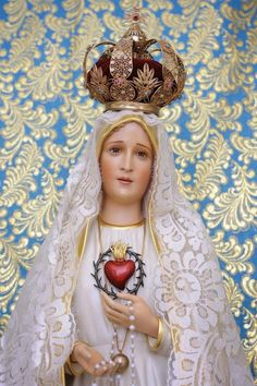 Blog de contenido espiritual Católico Pictures Of Jesus Christ, Religious Pictures, Blessed Mother Mary, Blessed Virgin Mary, Mother Mary Pictures, Fatima Prayer, Mary Tattoo, Images Of Mary, Lady Of Fatima