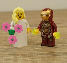 Lego Iroman, Iroman Wedding, Iroman cake topper, Lego cake toppers, Lego wedding cake topper, Lego Wedding, Wedding Lego, Lego minifigures