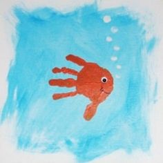 fish handprint art - these are cute. Crafts To Do, Crafts For Kids, Kids Beach Crafts, Projects For Kids, Art Projects, Fish Handprint, Handprint Painting, Footprint Art, Crafty Kids