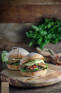 Delicious burger recipes perfect for sandwich night! Cotoletta Milanese Burger at ChewTown